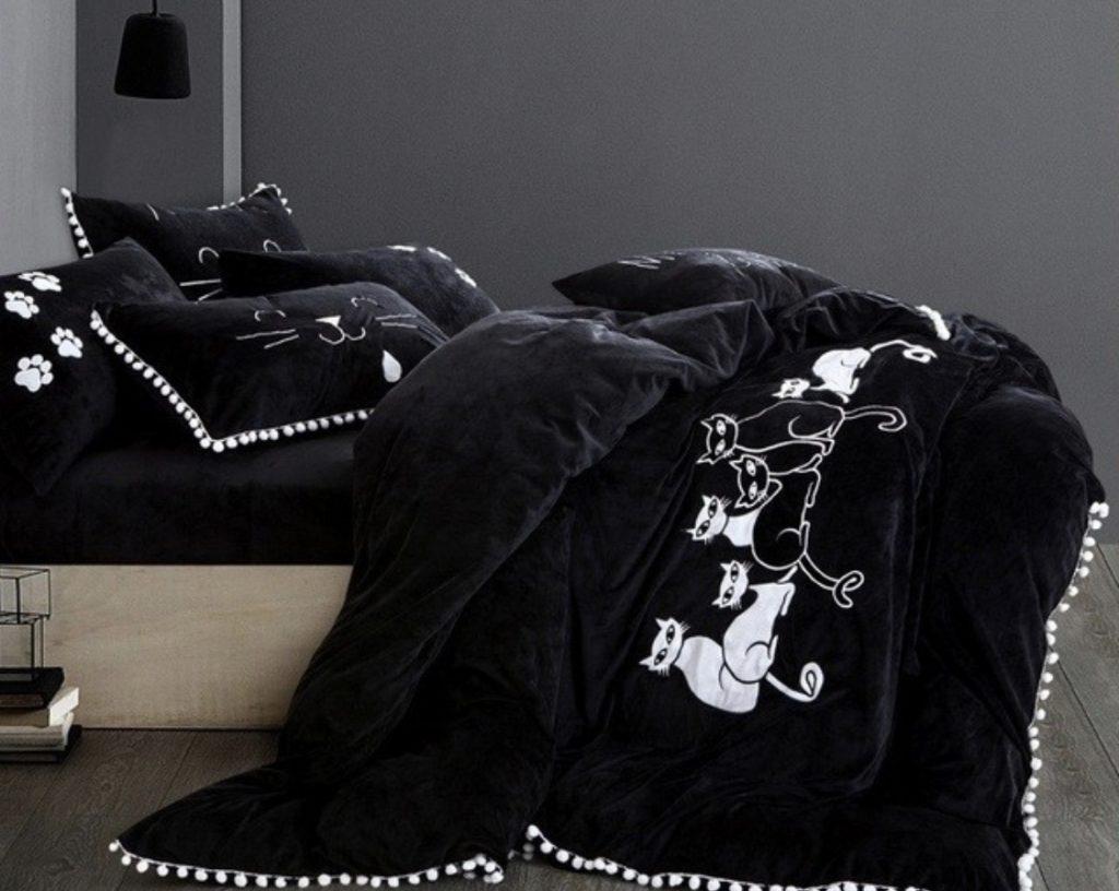 แต่งเตียงสีดำ 4