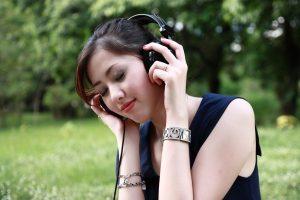 4 เพลงที่คนท้องควรฟัง เช็คสิมีเพลงอะไรบ้าง