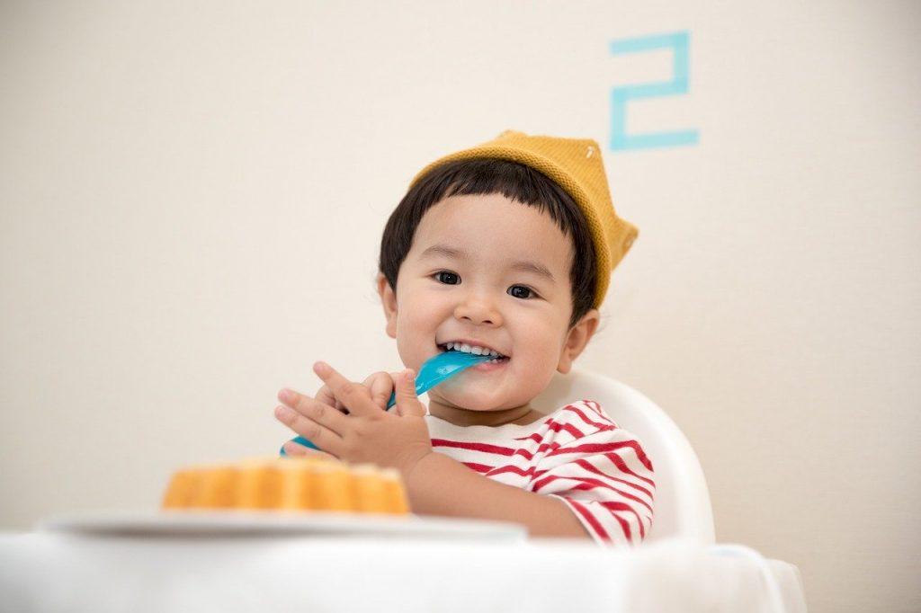 การเลือกอาหาร ให้เหมาะสมกับเด็กวัย 7 เดือน แม่บ้านยุคใหม่