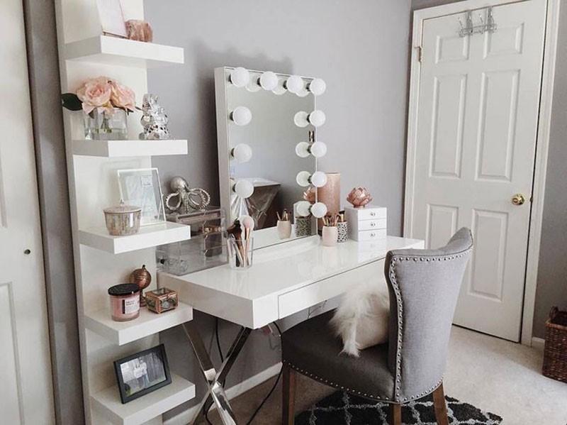 จัดโต๊ะเครื่องแป้ง โซนนี้ควรมีอะไรให้สวยปังน่าใช้งาน แม่บ้าน แม่บ้านยุคใหม่